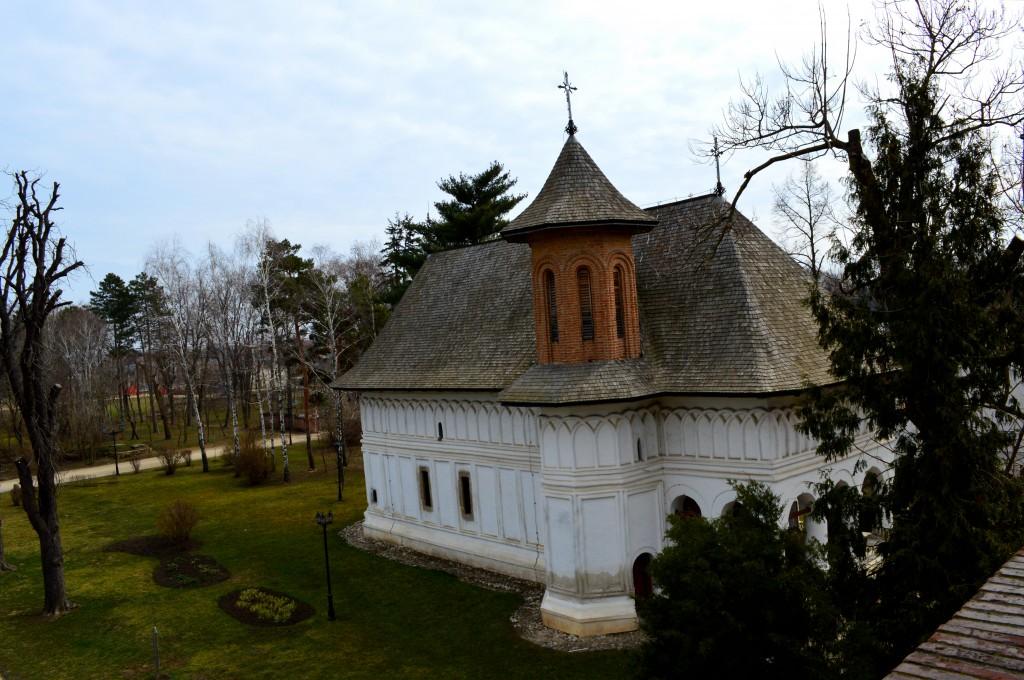 Biserica-Sf-Gheorghe-Mogosoaia