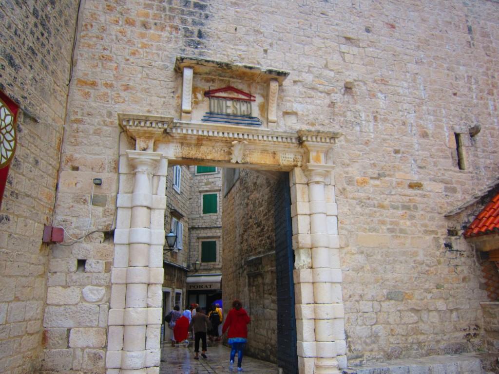 imagini-centrul-istoric-trogir