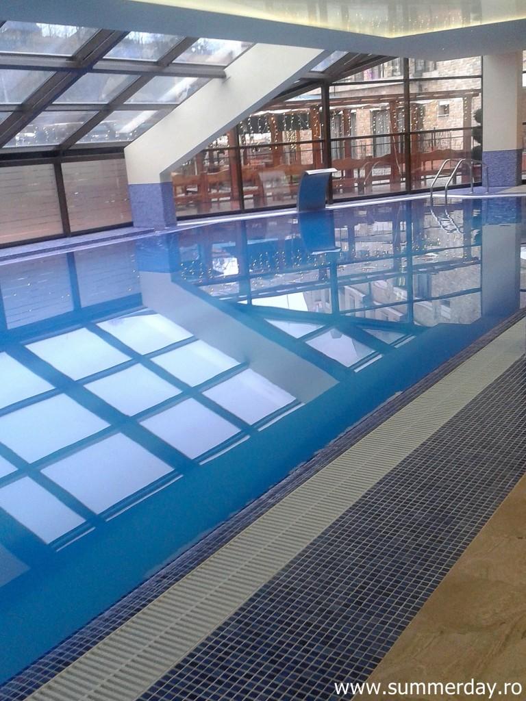 piscina-hotel-cavaler