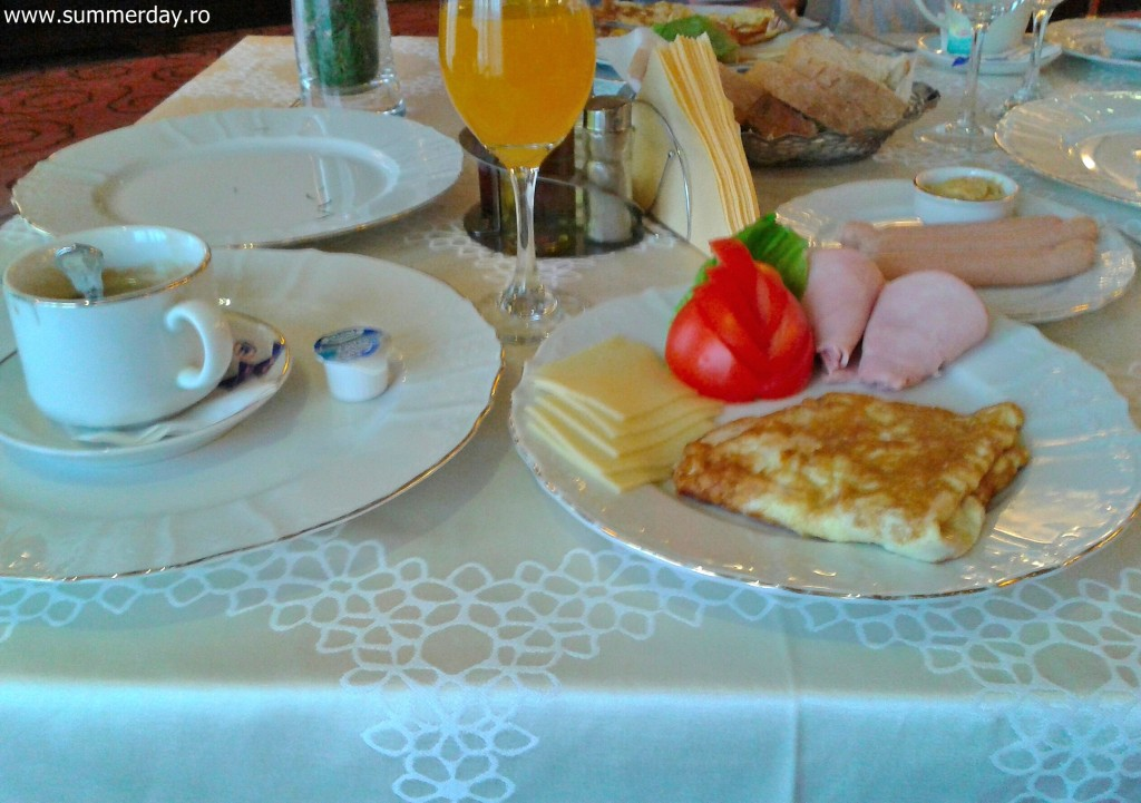 micuk-dejun