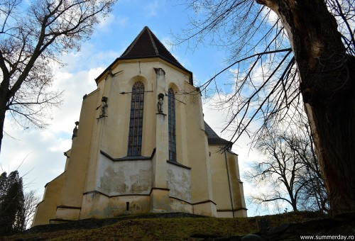Biserica-din-deal