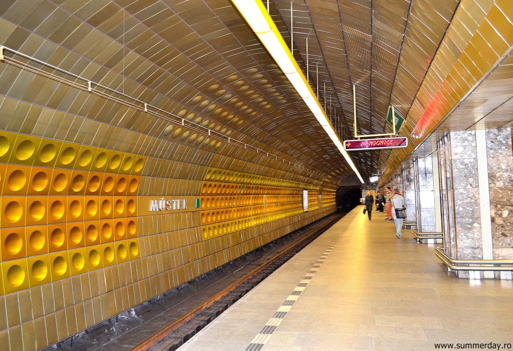 statie-de-metrou-in-Praga