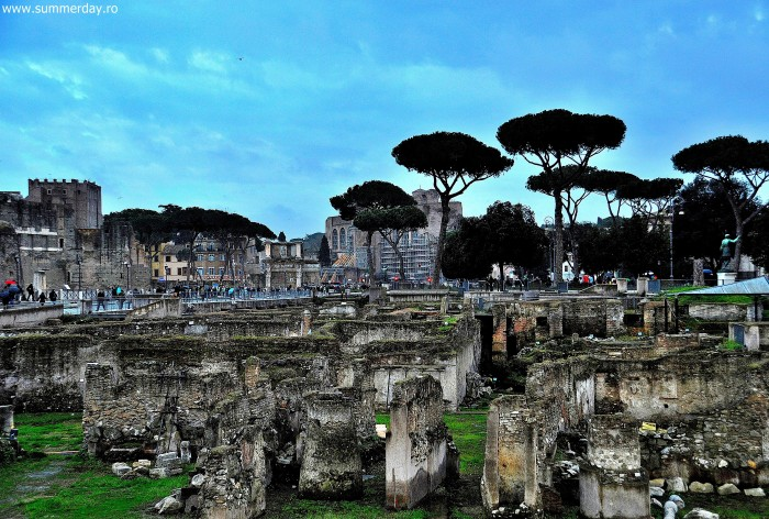 forul-lui-traian-roma-italia