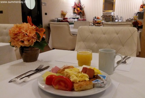 mic-dejun-hotel-studio