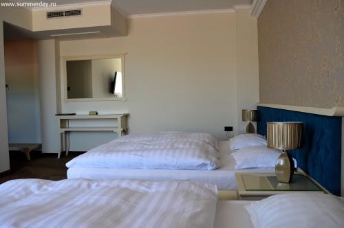 hotel-studio-camera-tripla