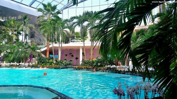 piscina-termala-the-palm