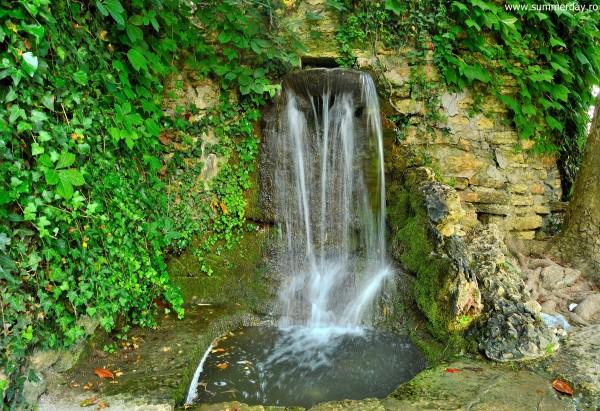 cascada-gradina-botanica-balcic